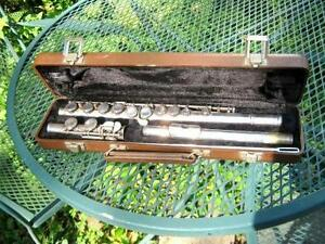 FLUTE & CASE MADE BY OLDS & SON AMBASADOR USA