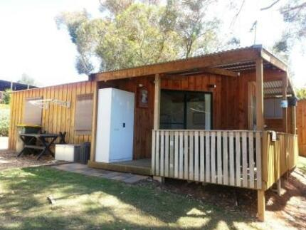 """CABIN"" at popular river skiing park - Punyelroo Gawler East Gawler Area Preview"