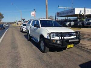 2014 Mitsubishi Triton GLX MN Manual 4x4 MY15 Double Cab Young Young Area Preview