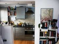 2 bedroom flat in Shirland Road, Maida Vale W9