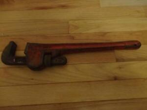 Heavy Duty Pipe Wrench London Ontario image 1