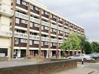 SHOREDITCH, E2, COMFY AND BRIGHT 4 BEDROOM APARTMENT AVAILABLE EARLY JULY