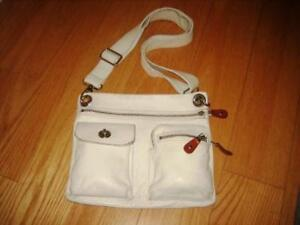 ROOTS Leather white crossover bag purse