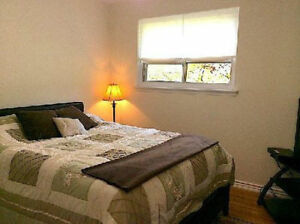 A large room for rent with WIFI and Utilities 600/M