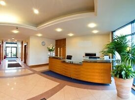 Flexible GU16 Office Space Rental - Guildford Serviced offices