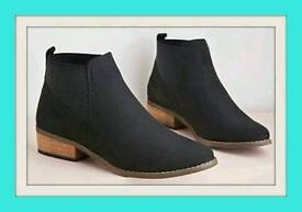 Elasticated ladies Chelsea boots