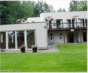 Vocation apartment on Vancouver Island for rent,2&3 bedroom.
