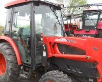 Kioti DK40SE tractor