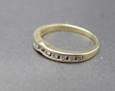 Vintage 14k Solid Gold 2.5mm Size 4 1/2 Eleven Diamond Wedding Band Ring 1.9gr on Rummage