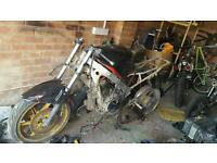 Breaking cbr600 bike