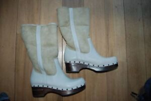 FRYE MORGAN SHEARLING LAMBSWOOL SUEDE LEATHER TALL CLOG BOOTS.