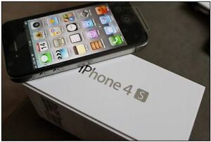 IPHONE 4S 16 GBBELL VERSION WITH CHARGER AND ONE MONTH GAURANTY