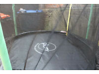 For sale, 8' (Plum brand) Trampoline with safety mesh