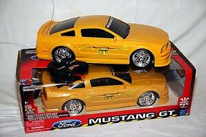 1:10 scale remote control Mustang Kingston Kingston Area image 2