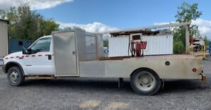 2000 Ford F550 - Heavy Duty pick up truck