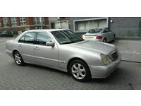 Mercedes benz E200 kompressor {Automatic E class}