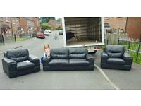 Very nice 3,1,1 seater in black leather 350 delivered
