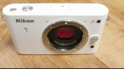 Nikon Mirrorless DSLR Nikon 1 J1 White N1 J1 Body only, No lens included 8GB SD