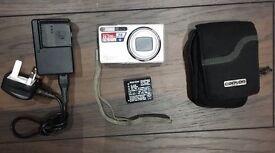 Ricoh Caplio Digital Camera - £10
