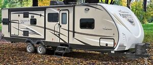 2016 Coachman Freedom Express/Maple Leaf 322 RLDSLE