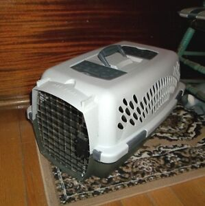 Pet Dog Cat Wire Taxi Carrier Crate Cage or Pet Taxi