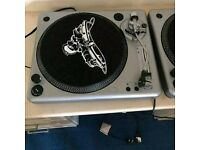 DJ decks record turntables x2