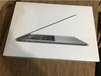BRAND NEW (SEALED) 15' MACBOOK PRO TOUCH ID 512gb