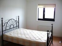 1 DOUBLE BED TOP PENTHOUSE*PRIVATE LET FURN*NO REF FEES*NO AGENTS*IDEAL PROFESSIONAL COUPLE LONG LET