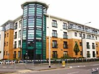 1 DBLE BED PENTHOUSE FURN FLAT*PRIVATE*NO FEES*LOW DEPOSIT* BR 35 MIN LONDON DIRECT * IDEAL COUPLE