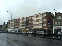 5 bedroom flat in KENNYLAND COURT, HENDON WAY, HENDON, NW4 3LU