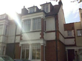 CHISWICK W4, VERY Large 3 bedroom 2 bathrooms split level flat.