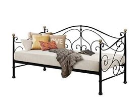 Black Metal frame Day Bed