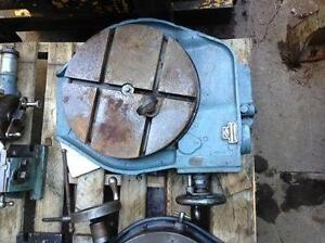 "16"" Kearney & Trecker Rotary table"