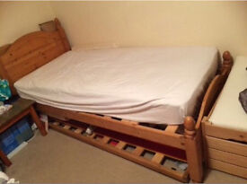Single bed with trundle (guest)bed under