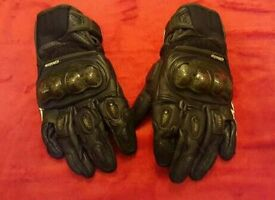 Alpinestars SPX Air Carbon Gloves. motorcycle gloves, motorbike gloves