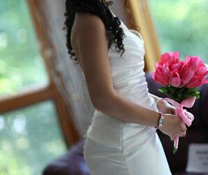 Beautiful Mikaella Wedding Dress Gatineau Ottawa / Gatineau Area image 2