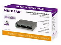 NETGEAR GS305-100UKS 5-Port Gigabit Metal Ethernet Switch