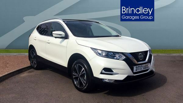 nissan qashqai 1 6 dig t n connecta glass roof pack 5dr white 2017 in cannock. Black Bedroom Furniture Sets. Home Design Ideas