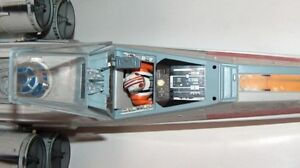 1998 Star Wars POTF Electronic Red 5 X-Wing Fighter