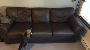 Leather Sofa (Full Size) Brown.