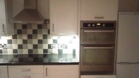 **HOTPOINT**ELECTRIC DOUBLE OVEN**ONLY £80**MORE AVAILABLE**COLLECTION\DELIVERY**COME TAKE A LOOK**