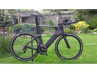 Spcialized Shiv TT/Triathlon bike Size L 59cm