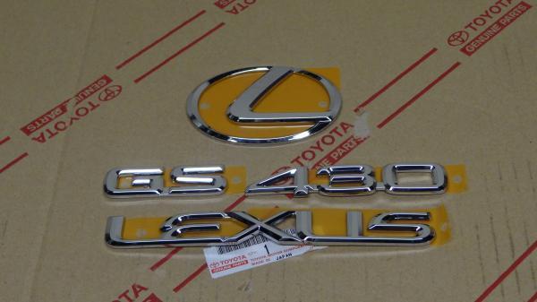 01-05 *NEW*OEM LEXUS GS430 CHROME FRONT GRILLE EMBLEM 2001 2002 2003 2004 2005