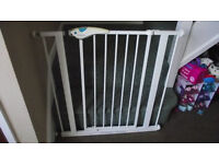 Lindam safety stairs gate