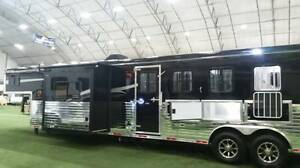 2018 Bison 8414RG-SL 4H Living Quarters, Side Load, Rear Tack Rm