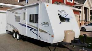 Quick Sale Price - Trail Cruiser 26' with Queen Bed and Bunks
