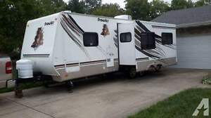 2008 Prowler Travel Trailer model 2702BS
