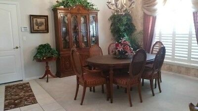 Drexel Heritage CAMEO China Cabinet Hutch Burled Walnut Dining Room Table Chairs