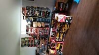 HUGE LOT OF DIE CAST CARS OF ALL SIZES JOHN DEERE NASCAR ETC