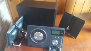 TEAC MC-DX32i Slim CD System + Remote Control